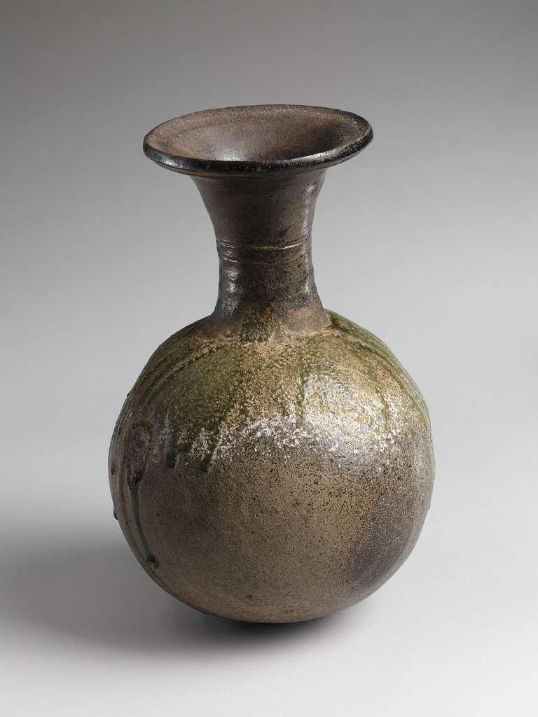 須恵器長頸壺|Long-Necked Jar