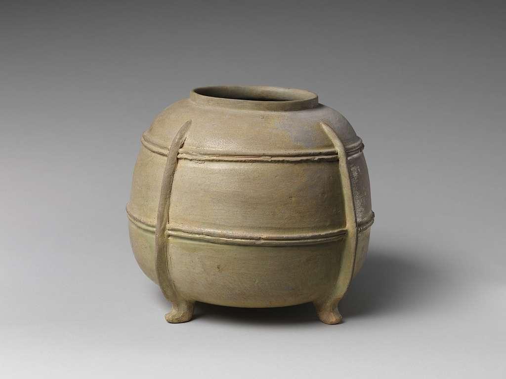 猿投窯 緑釉四足壺|Four-Legged jar