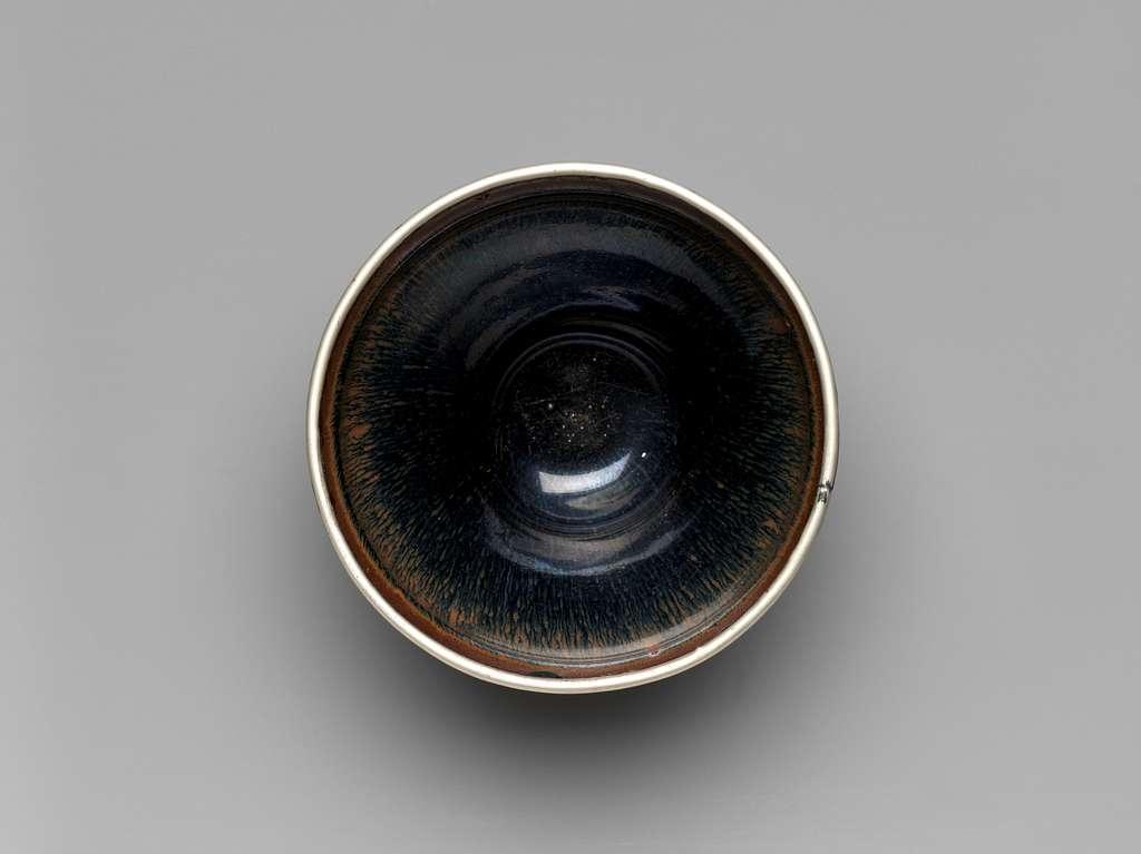 "Tea Bowl with ""Hare's-Fur"" Decoration"