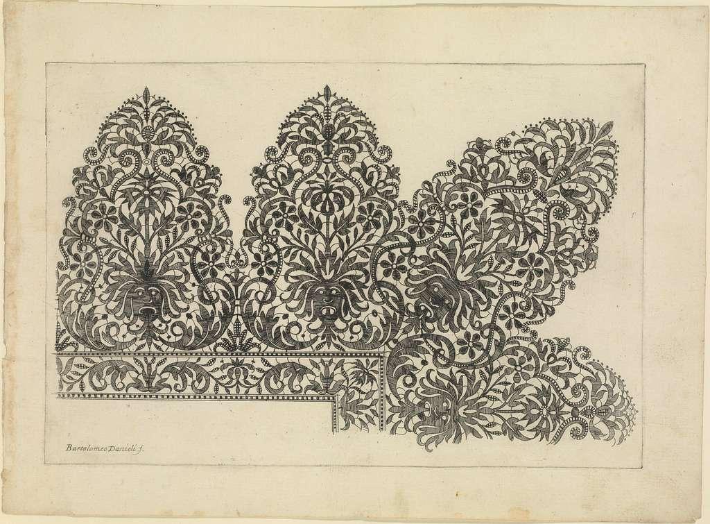 Vari disegni di merletti (page 7r)