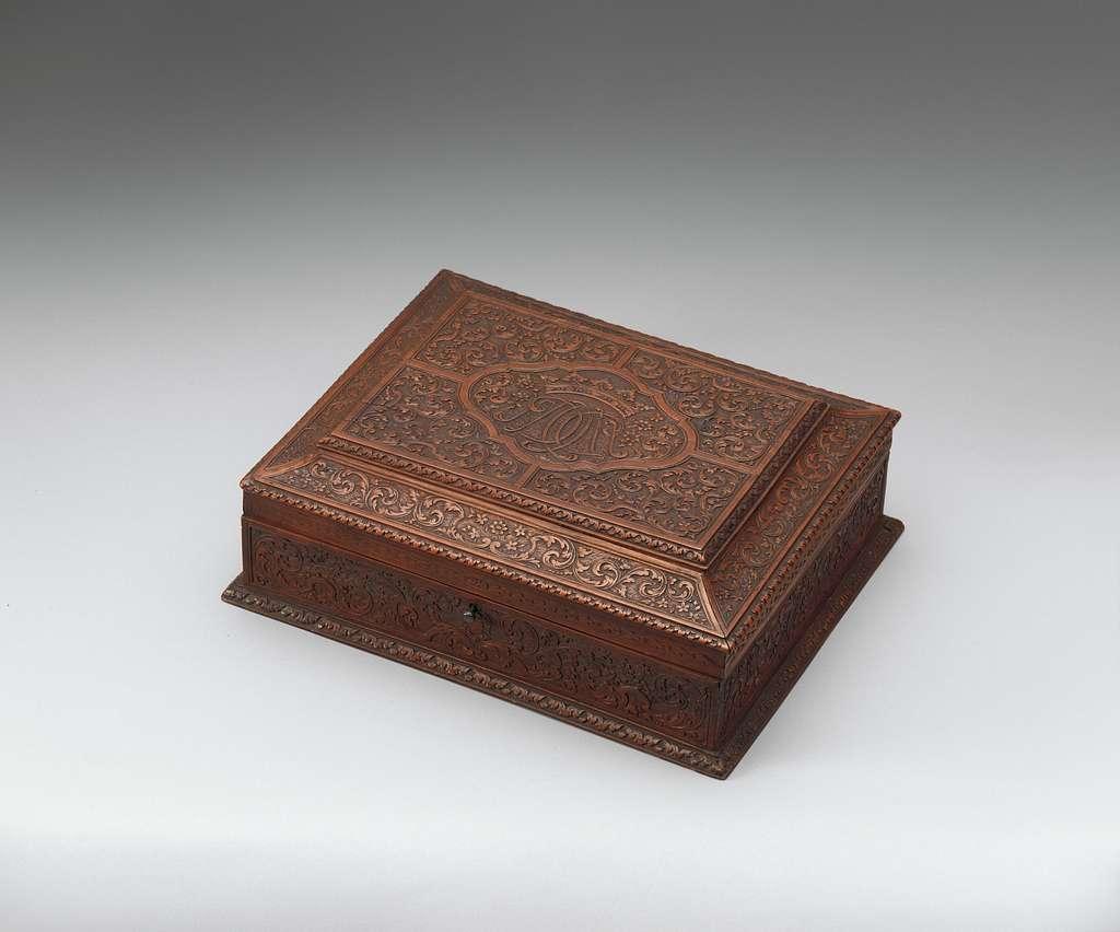Box (part of a set)