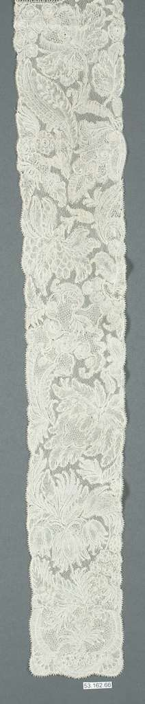 Pair of lappets and joined cap edging