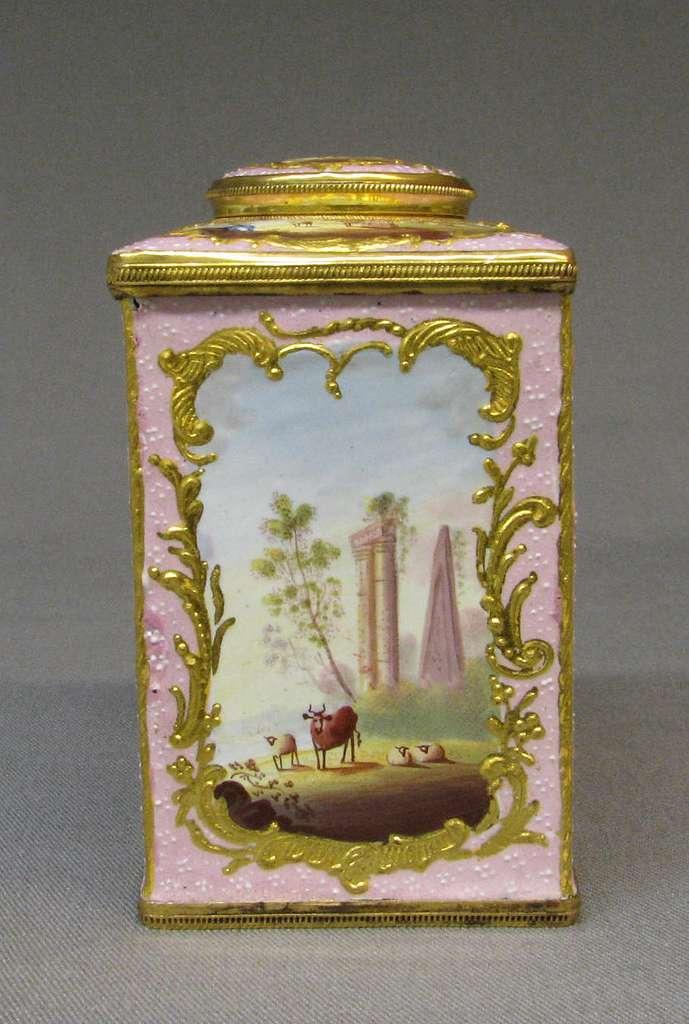 Tea caddy (part of a set)