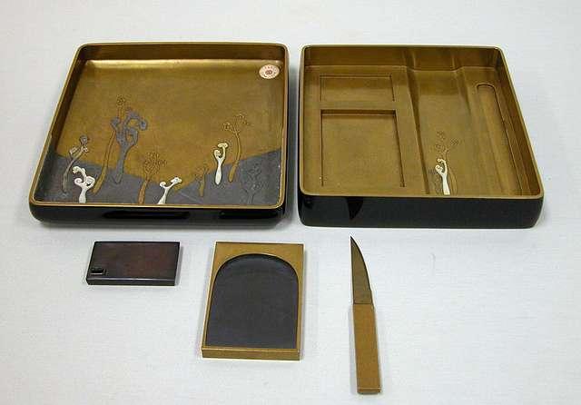 橅夫蒔絵硯箱|Writing Box (Suzuribako) with Woodcutter